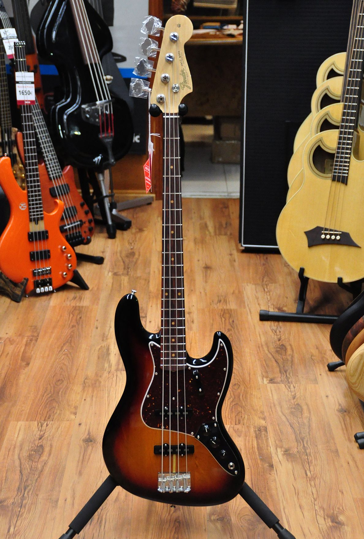 4 String | bass, electric bass, luthier, online shop