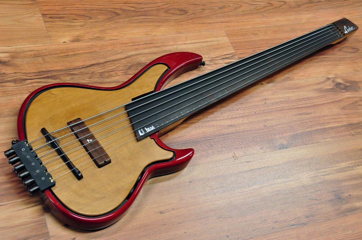Leduc Utopia U Bass 6 Fretless Used